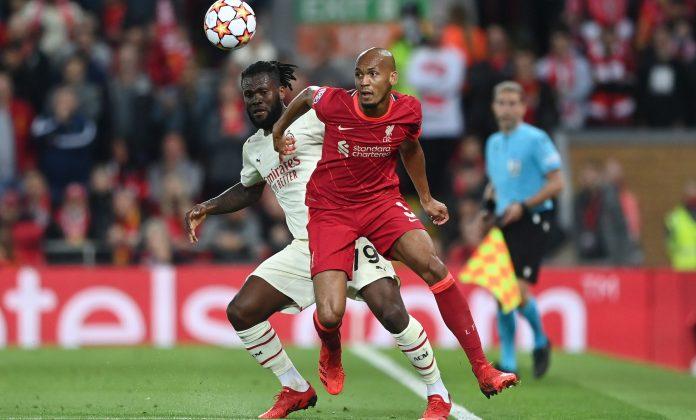 Liverpool mantém invencibilidade